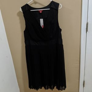 NWT Elle Cocktail Dress